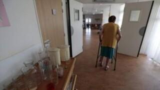 Χανιά: Συγκλονίζουν οι μαρτυρίες για τους ηλικιωμένους που έχασαν τη ζωή τους σε γηροκομείο