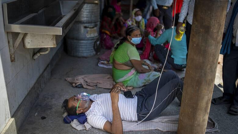 Ινδία - Κορωνοϊός: Η Ουάσινγκτον στέλνει βοήθεια για την αντιμετώπιση της πανδημίας