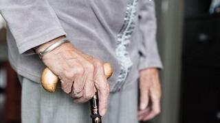 Επείγον ερώτημα του υπουργείου Εργασίας για τους θανάτους σε γηροκομείο των Χανίων