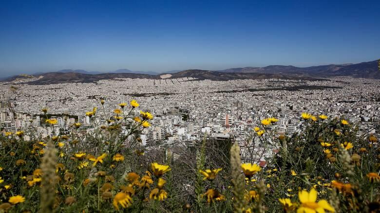 Καιρός: Αραιές νεφώσεις και άνοδος της θερμοκρασίας τη Μ. Τρίτη