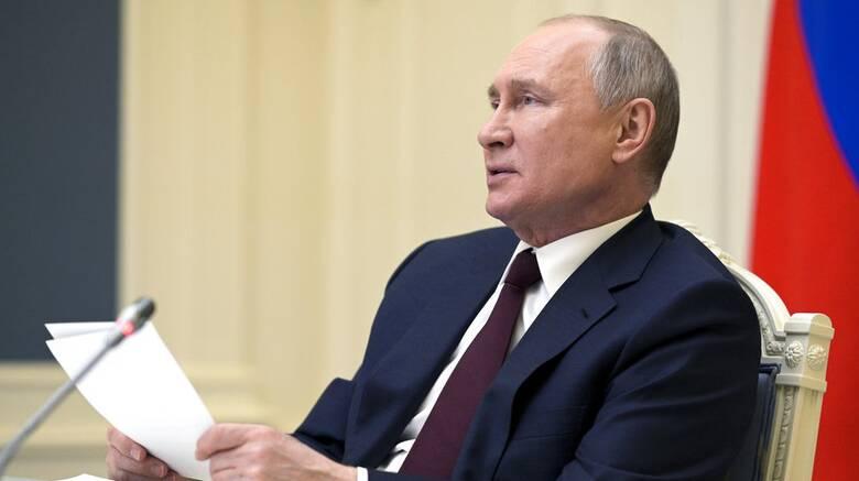 Ρήξη Τσεχίας - Ρωσίας: Ο Πούτιν καταδικάζει τον «παραλογισμό» της Πράγας