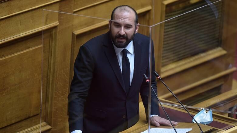 Κόντρα κυβέρνησης - ΣΥΡΙΖΑ μετά τις δηλώσεις Τζανακόπουλου για τις εκκαθαρίσεις στο Δημόσιο