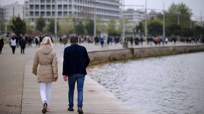 «Ανάσες» χαλάρωσης: Πώς αλλάζει η καθημερινότητα των πολιτών από τη Δευτέρα του Πάσχα