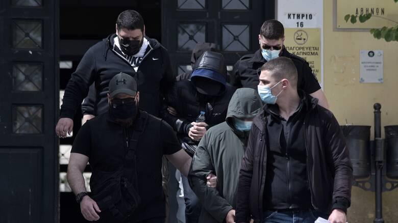 ΣΥΡΙΖΑ: Ερωτήματα για τις σχέσεις συνεργατών Μητσοτάκη με Φουρθιώτη