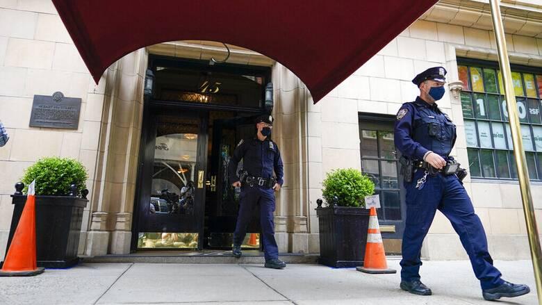 ΗΠΑ: Αστυνομική έρευνα στο διαμέρισμα του Τζουλιάνι - Κατασχέθηκαν ηλεκτρονικοί υπολογιστές