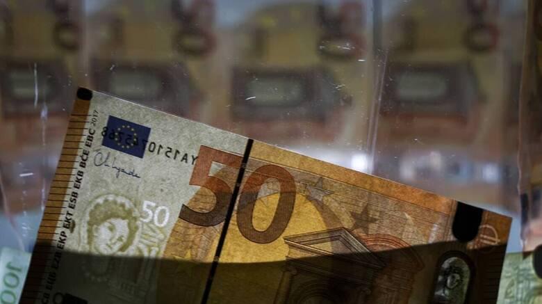 Στα 173,4 δισ. ευρώ ανήλθαν οι τραπεζικές καταθέσεις στο τέλος Μαρτίου