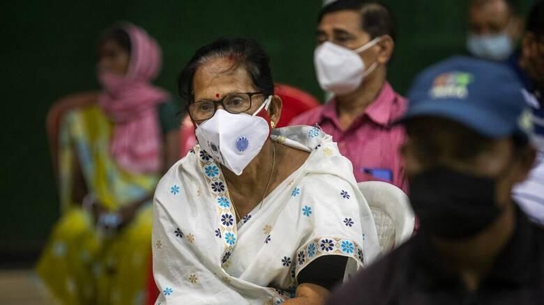 Κορωνοϊός: Μόλις το 7,1% του παγκόσμιου πληθυσμού πλήρως εμβολιασμένο - Καμπανάκι από την Ινδία