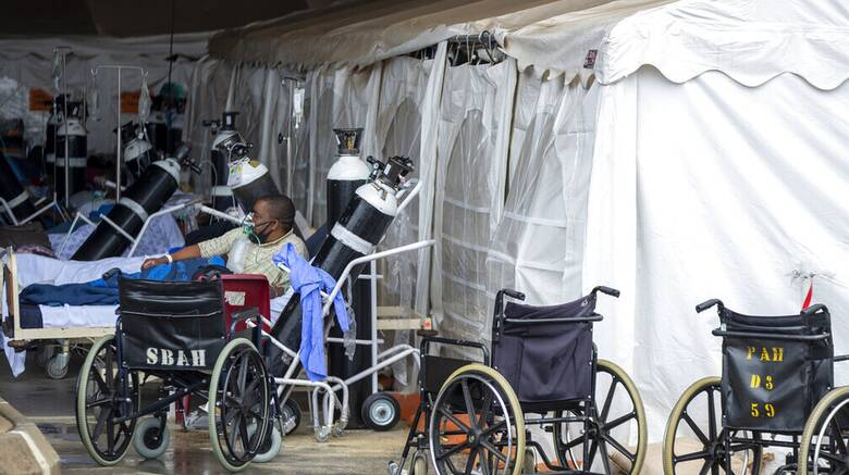 Ινδία - Κορωνοϊός: Έφθασε αμερικανική ιατρική βοήθεια - Ειδικές πτήσεις με οξυγόνο και τεστ