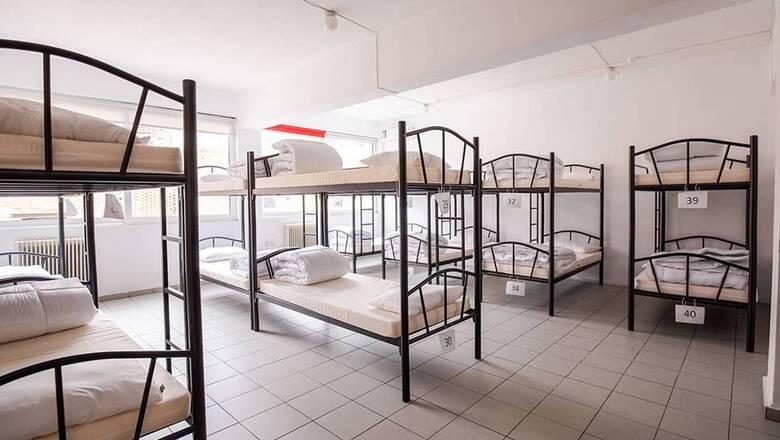 Ξεκινά τη λειτουργία του το πρώτο υπνωτήριο για άστεγα παιδιά στην Αθήνα