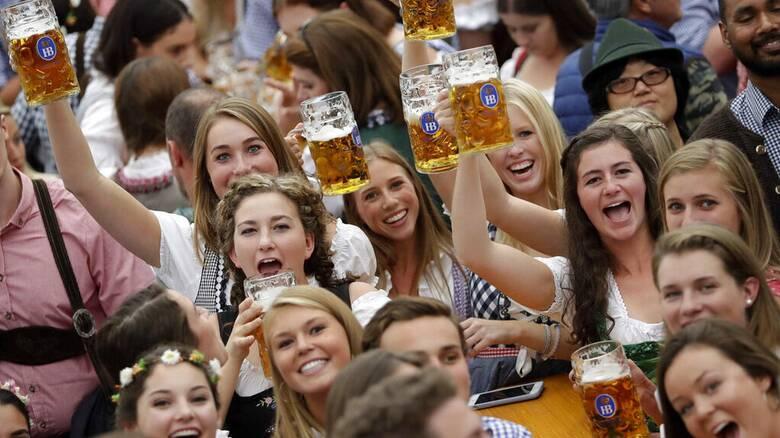 Oktoberfest: Το μεγαλύτερο φεστιβάλ μπύρας μετακομίζει στο Ντουμπάι;