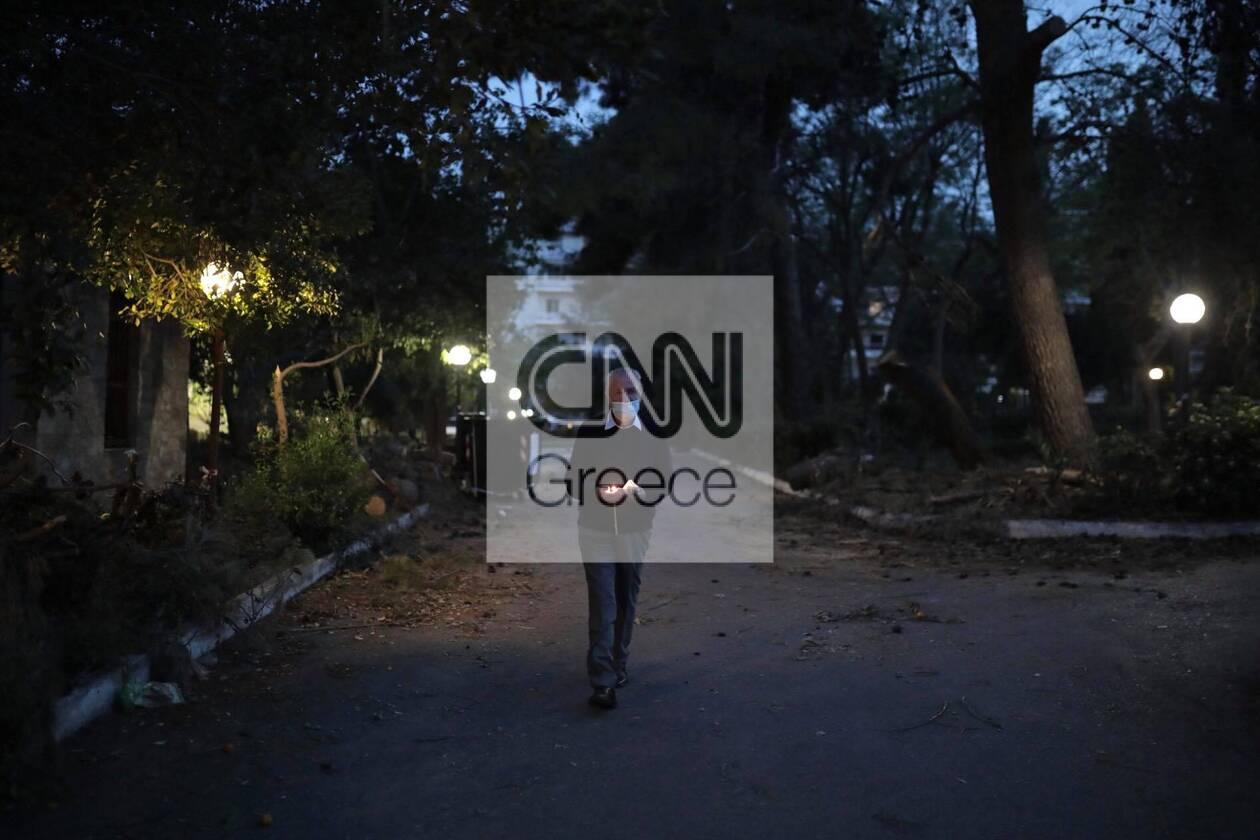 https://cdn.cnngreece.gr/media/news/2021/04/30/264189/photos/snapshot/girokomeio-epitafios-17.jpg