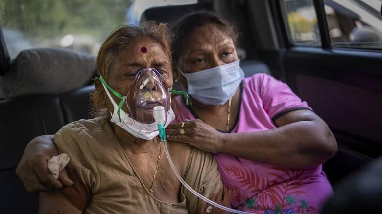 Ινδία: «Ανοίγει» η εμβολιαστική εκστρατεία, προειδοποιήσεις ότι οι δόσεις δεν αρκούν