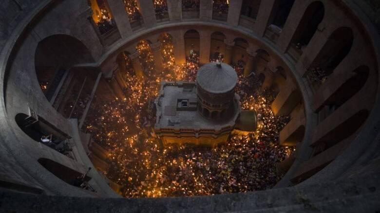 Άγιο Φως - Live η τελετή αφής από τον Πανάγιο Τάφο