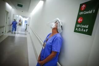 Κορωνοϊός - Βραζιλία: Νέος βαρύς απολογισμός - Πάνω από 400.000 οι νεκροί