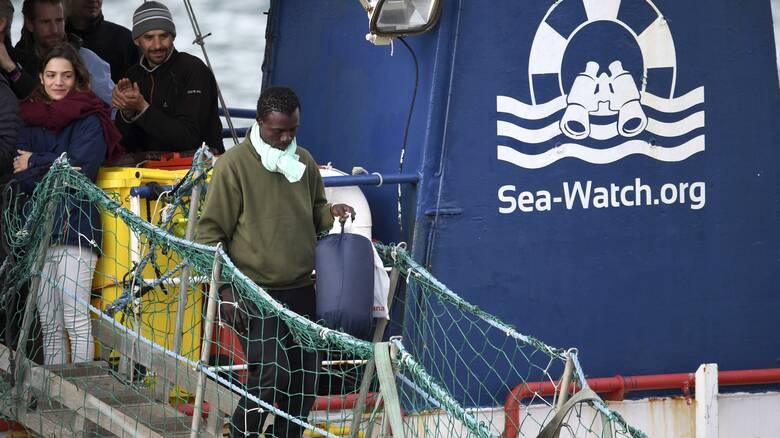 Διάσωση δεκάδων μεταναστών που προσπάθησαν να φτάσουν από τη Λιβύη στην Ευρώπη