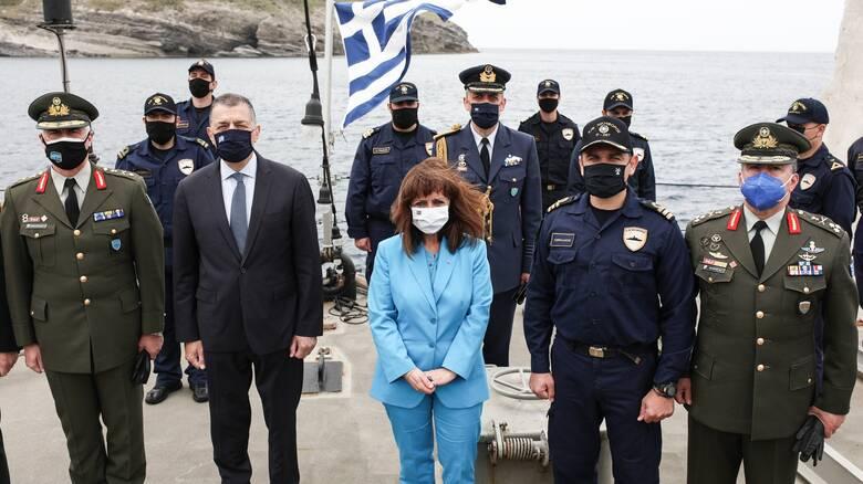 Πάσχα 2021 - Σακελλαροπούλου: Η Ελλάδα δεν απειλεί αλλά δεν δέχεται απειλές από κανέναν
