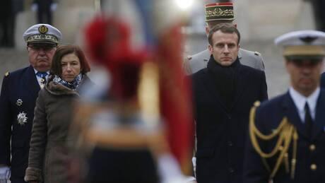 Γαλλία - DW: «Στρατηγοί με παντόφλες» ονειρεύονται πραξικόπημα
