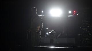 Σκάφος με 170 μετανάστες ρυμουλκείται στο λιμάνι της Καλαμάτας