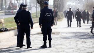 Αχαΐα: Αστυνομικός έκοψε πρόστιμο σε... συνάδελφό του γιατί δεν φορούσε μάσκα