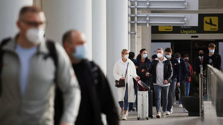 Ισπανία: Πωλούσε πλαστά πιστοποιητικά αρνητικού covid-19 σε ταξιδιώτες