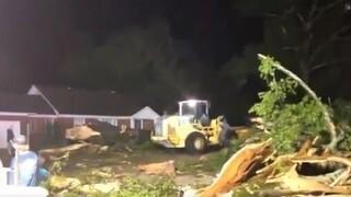 ΗΠΑ: Στο έλεος ανεμοστρόβιλου το Μισισίπι, καταστροφές σε κτήρια και δίκτυο ηλεκτροδότησης