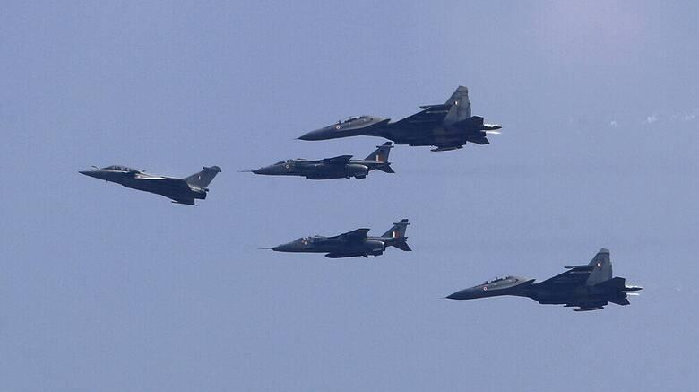 Γαλλία: Η Αίγυπτος θα αγοράσει 30 νέα μαχητικά Rafale έναντι 3,95 δισ. ευρώ
