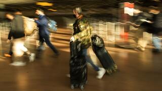 «Άνοιγμα» στον τουρισμό από τρίτες χώρες επιδιώκει η ΕΕ με «όχημα» τον εμβολιασμό