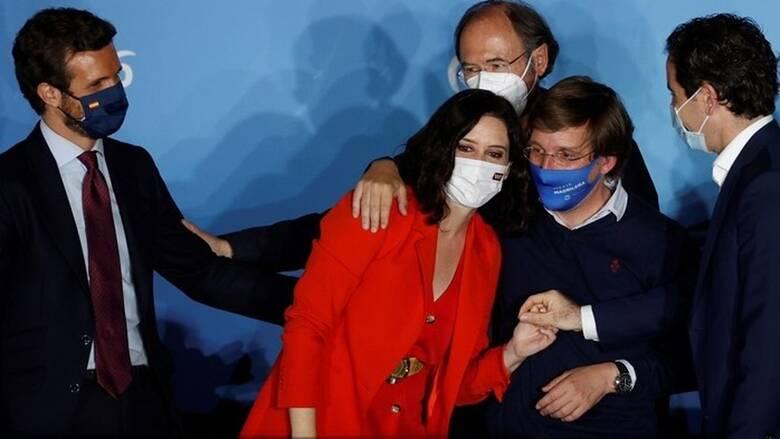 Μαδρίτη: Νίκη της Ισαβέλ Ντίας Αγιούσο στις εκλογές - Παραιτείται ο Ιγκλέσιας μετά την ήττα