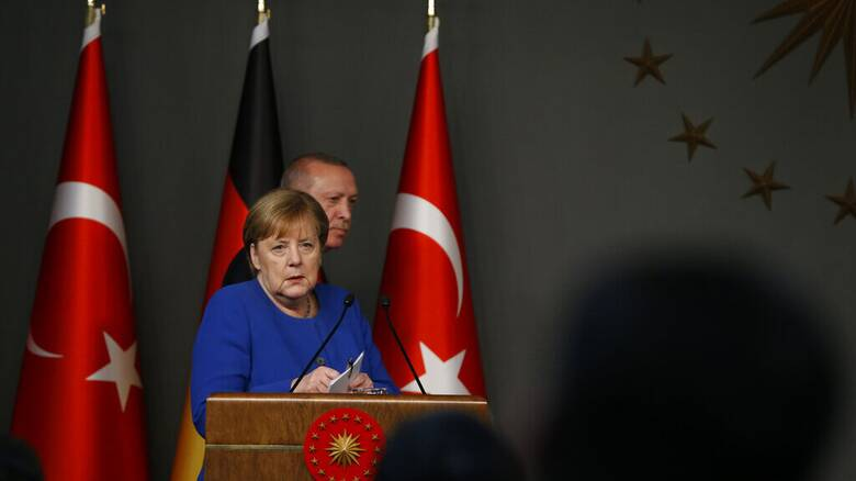 Μέρκελ: «Φύγετε από τη Λιβύη» - Ερντογάν: «Η Ελλάδα φταίει στο Αιγαίο»