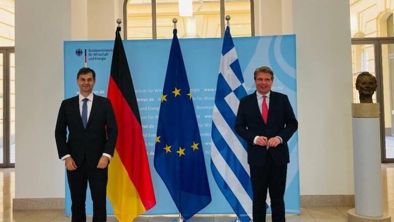 Θεοχάρης από Βερολίνο: Η χώρα μας είναι από τις πλέον έτοιμες για ασφαλείς διακοπές
