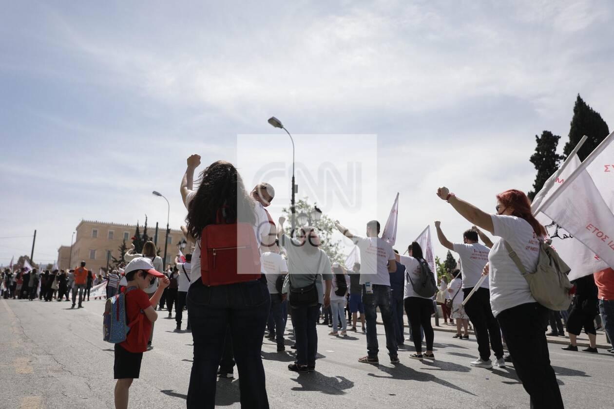 https://cdn.cnngreece.gr/media/news/2021/05/06/264741/photos/snapshot/sillalitirio-kentro-2.jpg