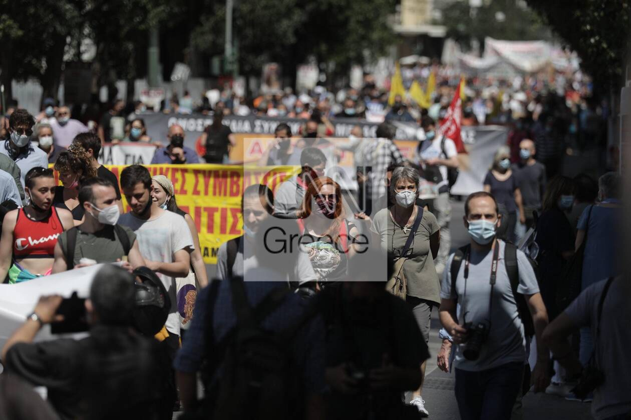 https://cdn.cnngreece.gr/media/news/2021/05/06/264741/photos/snapshot/sillalitirio-kentro-4.jpg