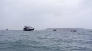 Επίδειξη ισχύος των Γάλλων αλιέων μπροστά από το Τζέρσεϊ στη Μάγχη
