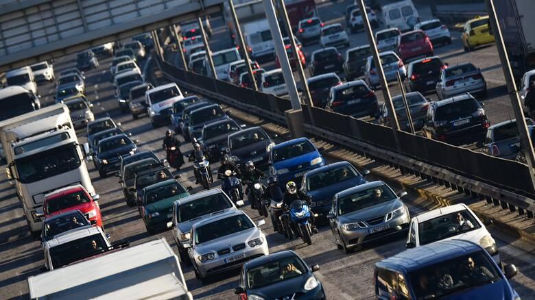 Τέλη κυκλοφορίας με τον μήνα: Πώς θα πάρετε πίσω τις πινακίδες του οχήματος