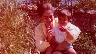 Οι συγκινητικές αναρτήσεις του Κυριάκου Μητσοτάκη και της Ντόρας Μπακογιάννη για τη μητέρα τους