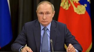 Πατέντες εμβολίων κορωνοϊού: Στηρίζει την κατάργηση ο Βλαντιμίρ Πούτιν