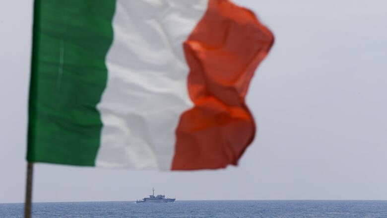 «Θερμό επεισόδιο» μεταξύ λιβυκού στρατιωτικού σκάφους και ιταλικού αλιευτικού
