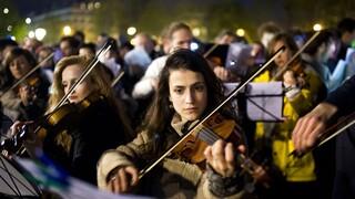 DW: Είναι η κλασσική μουσική «αποικιοκρατική»;