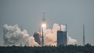 Τα απομεινάρια του μεγαλύτερου κινεζικού πυραύλου έπεσαν στον Ινδικό Ωκεανό
