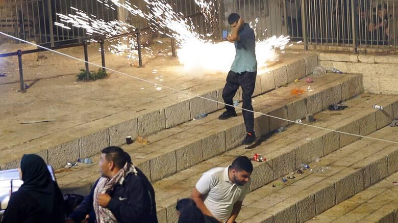 Ιερουσαλήμ: 90 τραυματίες σε νέες συγκρούσεις ισραηλινής αστυνομίας - Παλαιστινίων