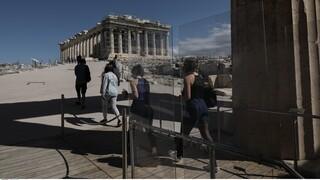 Στο «φουλ» οι μηχανές της τουριστικής βιομηχανίας