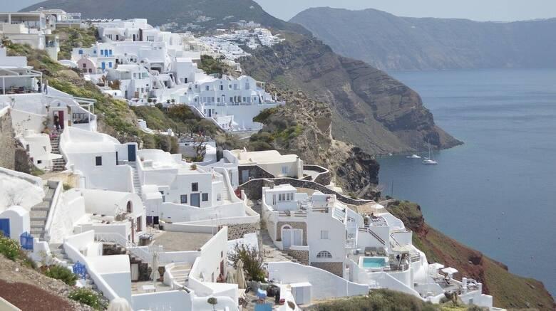 Rai: Στα εμβολιαστικά κέντρα δεν χάνουν ούτε λεπτό, η Ελλάδα θέλει να ξαναρχίσει να τρέχει