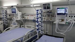 Κορωνοϊός: Ξεπέρασαν τους 11.000 οι νεκροί -  1.428 νέα κρούσματα, 728 διασωληνωμένοι