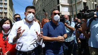 ΣΥΡΙΖΑ: Τα 9 ψέματα της ΝΔ για το εργασιακό που φέρνουν κατάργηση 8ώρου και μειώσεις μισθών