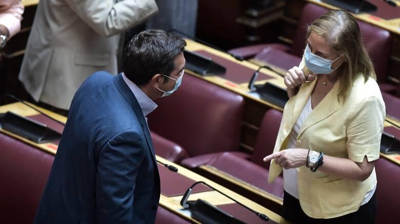 Ο ΣΥΡΙΖΑ κλιμακώνει την πίεση για τα εργασιακά – Βλέπει αμηχανία της κυβέρνησης