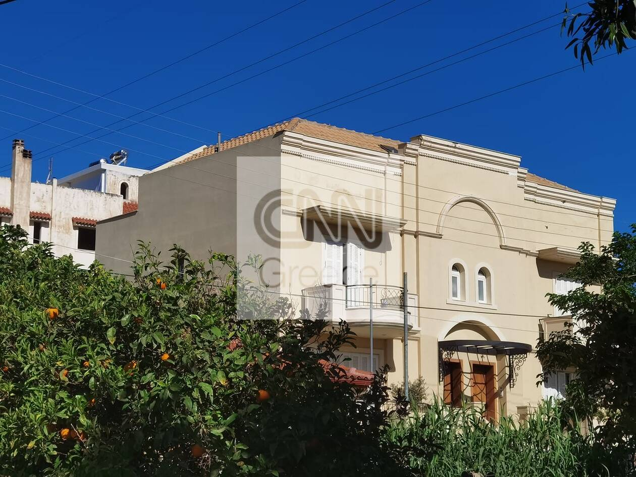 https://cdn.cnngreece.gr/media/news/2021/05/11/265346/photos/snapshot/glyka-nera-2.jpg