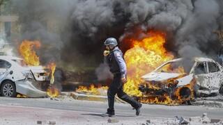 Ανάφλεξη στη Μ.Ανατολή: Αιματηρό σφυροκόπημα στη Γάζα - Νεκρές δύο γυναίκες στο Ισραήλ