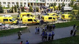 Ρωσία - Επίθεση σε σχολείο: Μαθητές σκοτώθηκαν πέφτοντας από τα παράθυρα για να σωθούν