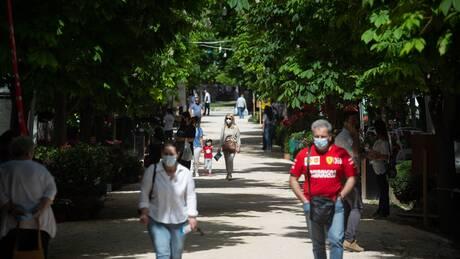 Τζανάκης: Μέχρι 10 Ιουνίου θα πέσουμε κάτω από τα 2.000 κρούσματα - Τα συμπτώματα της θρόμβωσης