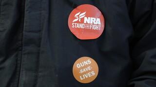 NRA: Σε κίνδυνο το πανίσχυρο λόμπι όπλων των ΗΠΑ - Δικαστής απέρριψε το αίτημα πτώχευσης
